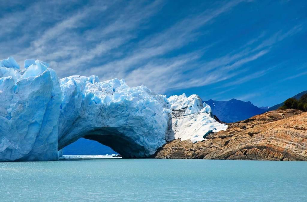 Puente natural de hielo
