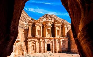 Petra , Jordania