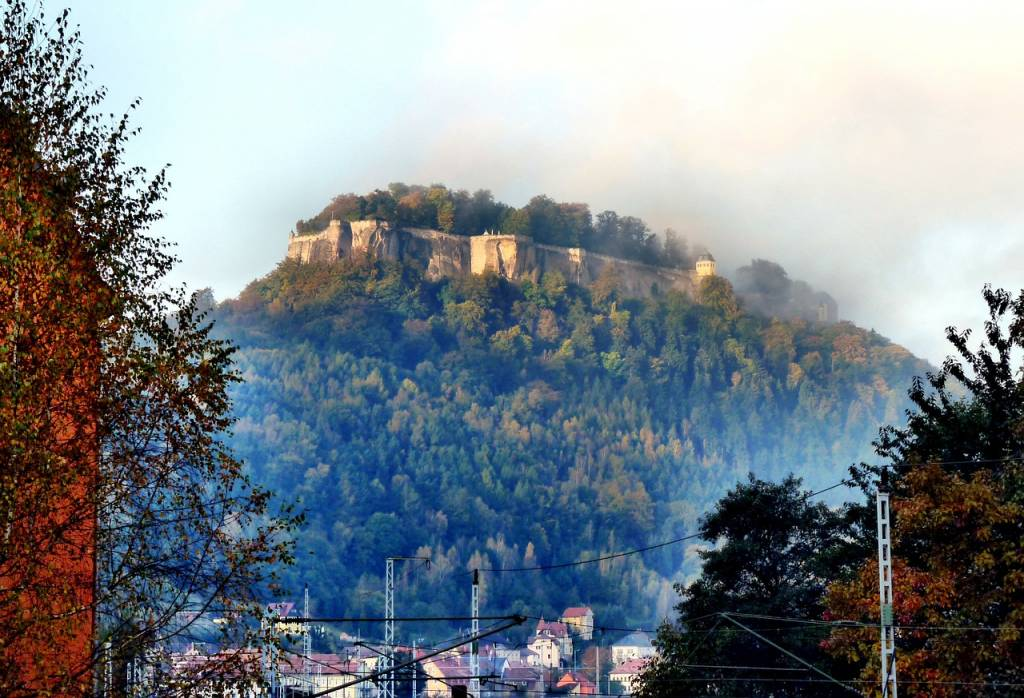 fortaleza montañas de arenisca del elba